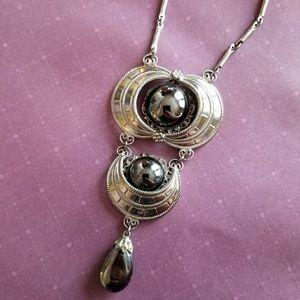 Vintage Hobe Hematite necklace silver tone futuris